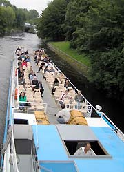 Fahrgastschiff