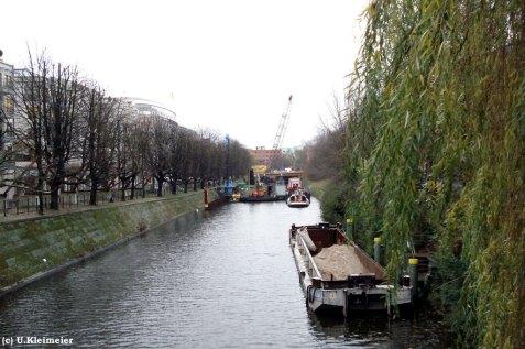 links die Corneliusstraße