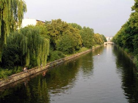 Blick von der Hobrechtbrücke Richtung Oberschleuse
