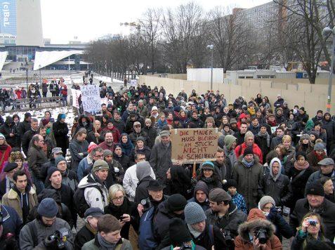 Protest vorm Roten Rathaus