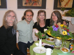 Turgut mit BaL- & AnwohnervertreterInnen